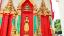 พระพุทธรูปที่หน้าโบสถ์